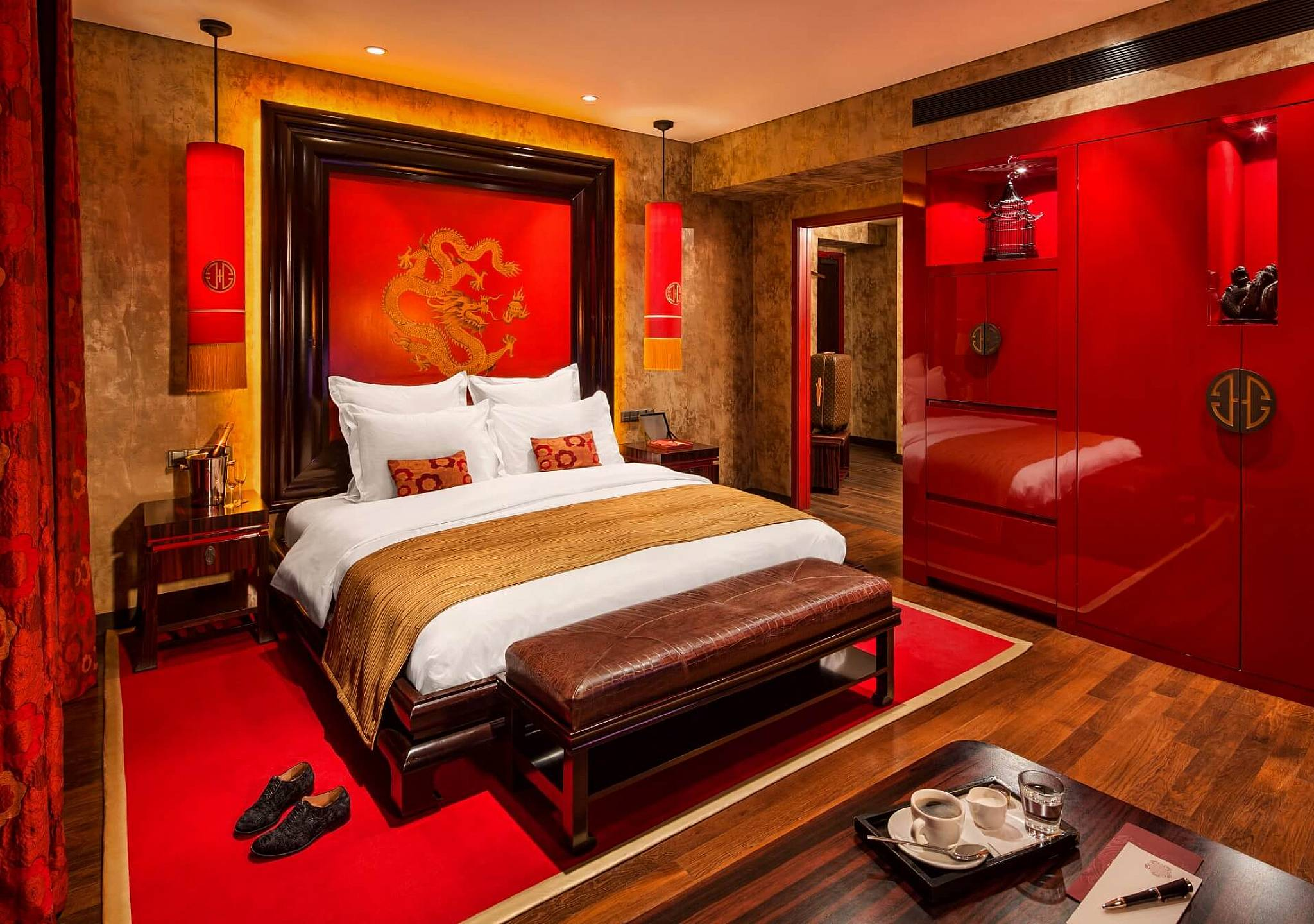 Luxury hotel in prague luxury rooms at buddha bar hotel for Luxury hotels prague